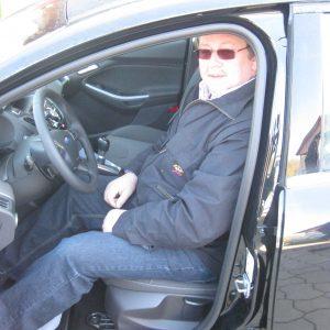 Friedrich-Wilhelm Logemann testet beim Autohaus Dieker den neuen Focus.