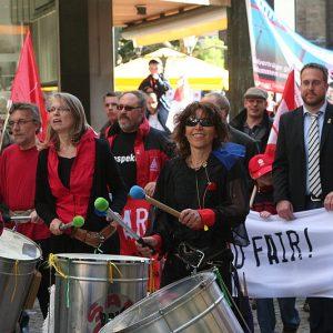 Solidarität, Fairness und zukunftsorientierter Umgang mit Energien waren Themen, zu denen engagierte Gewerkschaftler am 1. Mai in Minden Position bezogen. | Foto: Svenja Kracht