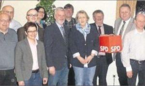 Die Rahdener Kandidaten mit Landratskandidat Niermann