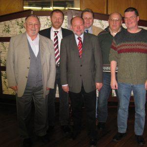 von links: Ehrenvorsitzender Johann Bolte, Bürgermeisterkandidat Dieter Gronert, MdL Karl-Heinz Haseloh und vom Stadtverbandsvorstand Torsten Kuhlmann, Reinhard Stuck und Claus-Dieter Brüning.