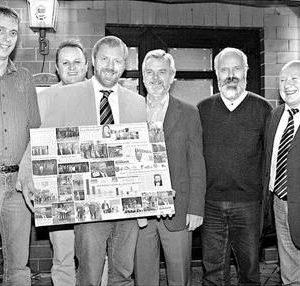 Stolz auf klasse Wahlkampf: Carsten Zimmermann (v.l., FWG), Torsten Kuhlmann (SPD), Dieter Gronert, Günter Meyer (SPD), Winrich Dodenhöft (Bündnis 90/Grüne) und Hermann Kröger (FWG). Foto: Sonja Rohlfing