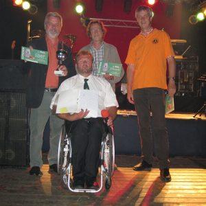 von links: Günter Meyer (SPD), Stephan Rehling (Organisation), Eberhard Holzbecher (Kegelklub 'Rinn inne Rinne') und Carsten Zimmermann (freie Wählergemeinschaft)