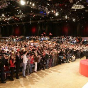 4000 SPD Anhänger in Düsseldorf.