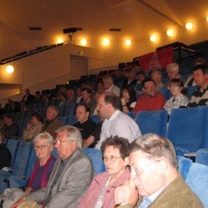 Jubiläumsgäste im Nienburger Theater